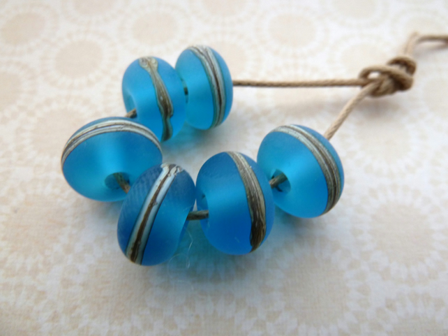 blue frosted lampwork glass beads