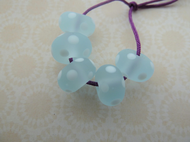 handmade blue and white frosted spot lampwork glass beads
