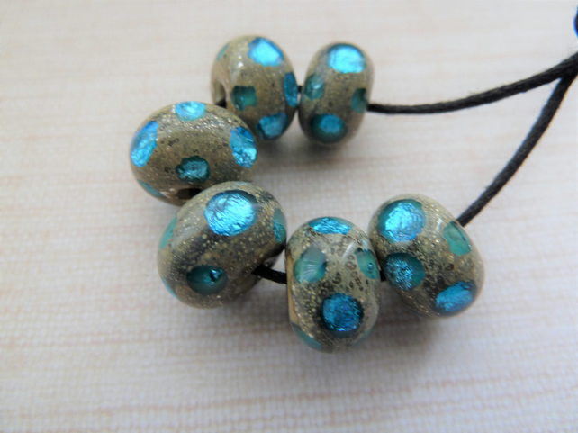lampwork glass blue sparkly spots beads