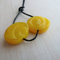yellow spiral lampwork glass beads