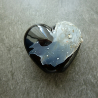 lampwork beads, black heart focal