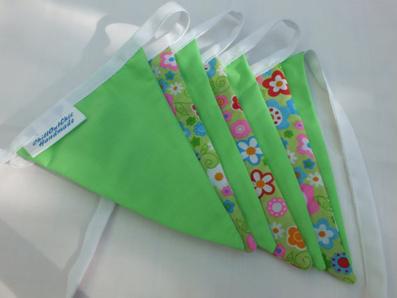 Lime Green Bunting Flower Retro Style
