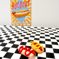 Retro Hot dog with mustard OR ketchup necklace OR Keyring, fun, unique, handmade