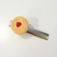 Retro Jammy Dodger biscuit hairclip ONE SUPPLIED quirky, fun, unique, handmade