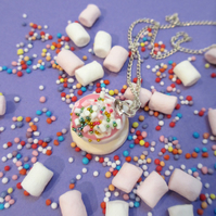 Mystical unicorn pink hot chocolate necklace, mallows, rainbow sprinkles & Cream