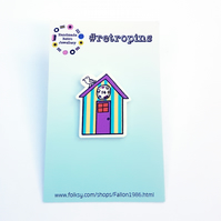 Retropins - Beach hut with seagull pin