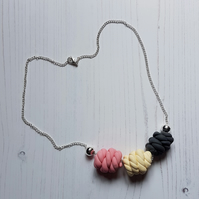 """Sugar Free"" rope knots style beaded necklace - grey, cream, pink"