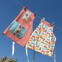 Reversible Apron in Organic Cotton - Robots or Cars