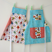 Apron & Cookie Cutter in Organic Cotton - Robots - Toddler Size
