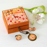 Brown Jewellery Set with Deer Trinket Box, Deer Pendant, Autumn Ring and Earring
