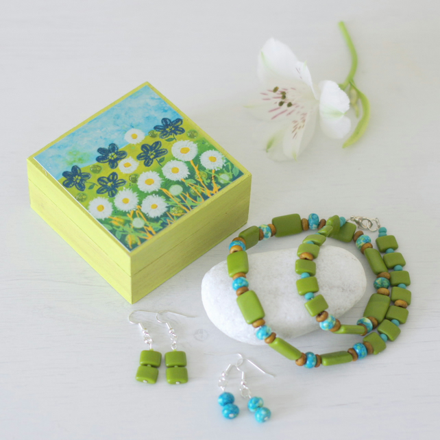 Gift Set - Green Turquoise Earrings, Green Necklace, Green Floral Trinket Box
