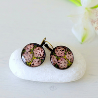 Brown Earrings, White Flowers Earrings, Floral Art Earrings, Bronze Earring