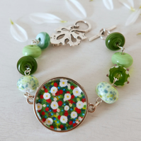 Green Floral Bracelet, Art Jewellery, Lampwork Glass Bracelet, Summer Flowers