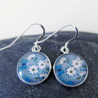 Grey Dangle Earrings with Daisy Art and Turquoise Butterflies
