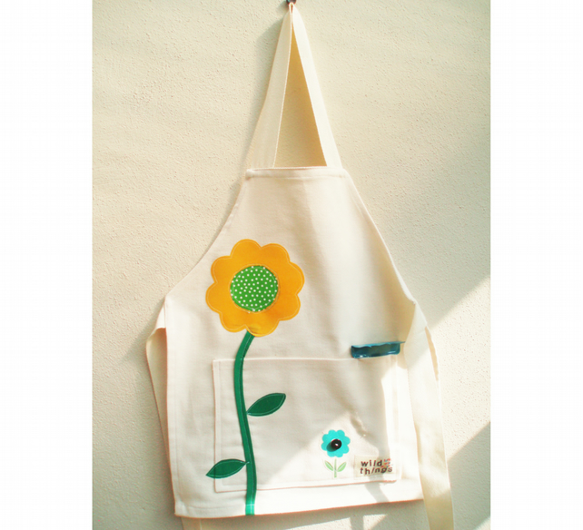 Funky childrens flower gardening apron