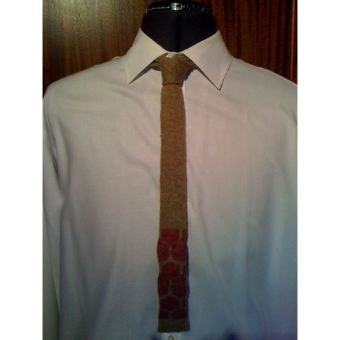 HALF PRICE!!!!! CIRCLES - Knitted Tie