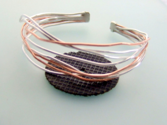 Silver organic sunglow bangle