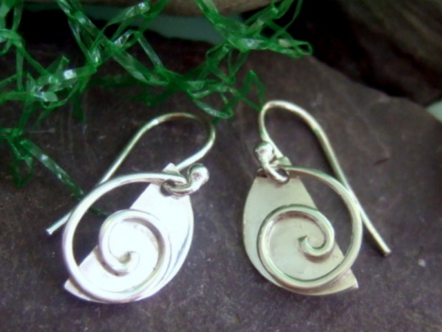 Spiral on half moon earrings