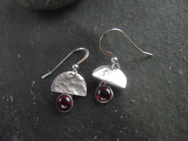 Silver dangle earrings,Silver garnet droplet earrings