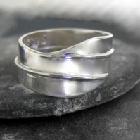 Personalised shaped ring