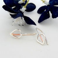 Stylised leaf design earrings.