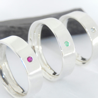 Gemstone set simplistic band Unisex ring