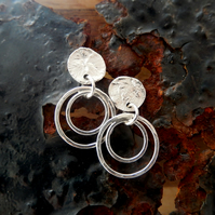 Textured stud hoop earrings