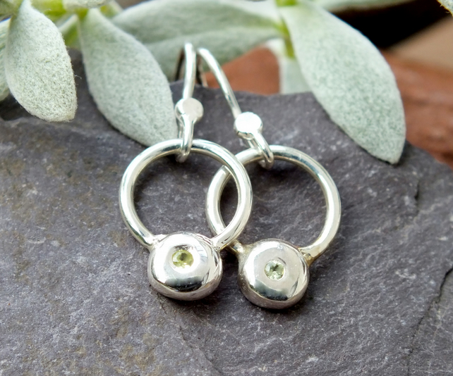 Silver dangle earrings,dangle earrings, silver peridot earrings