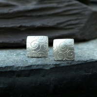 Silver stud earrings, simplistic range, silver studs