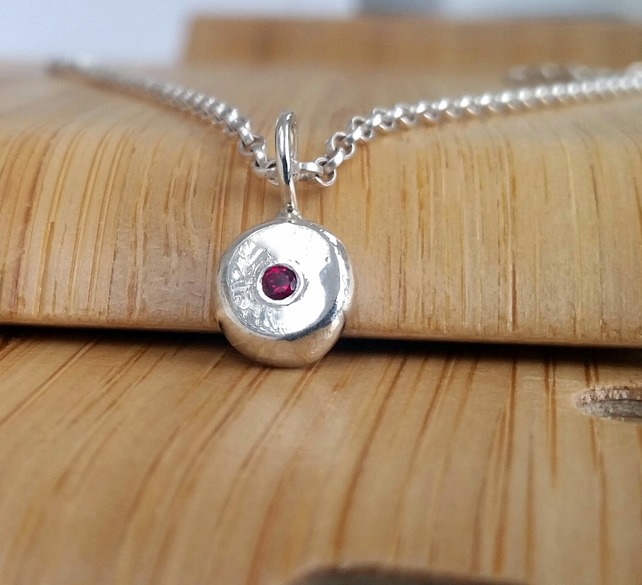 Ruby set pebble pendant
