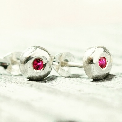 Silver earrings, silver ruby stud earrings,pebble stud earrings