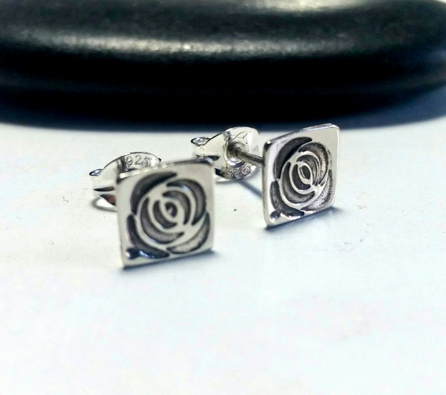 MacKintosh Rose stud earrings