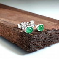 Natural emerald sterling silver stud earrings