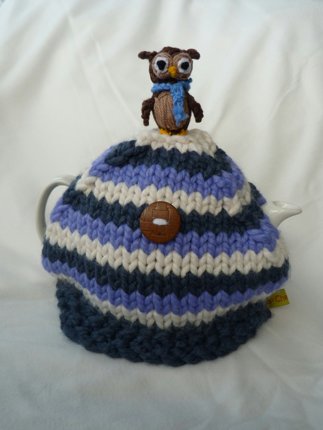 Owl make the tea. Tea cosy