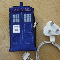 Dr Who Tardis I-Phone Docking Station