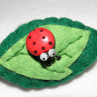 Felt Leaf and Ladybird Badge