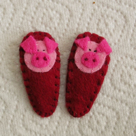 Pair of Piggy Hair Clips