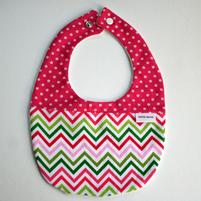 hand made Cotton baby dribble bib(pink zigzag )