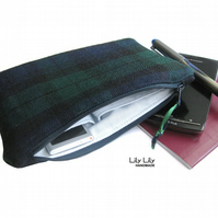 Green tartan bag, 100% wool, green, tartan, zippered case