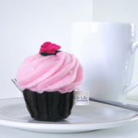 Handmade Felt Pin Cushion, Pink Swirl Cupcake, free delivery