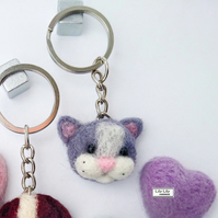 Cat keyring, bagcharm, keycharm by Lily Lily Handmade