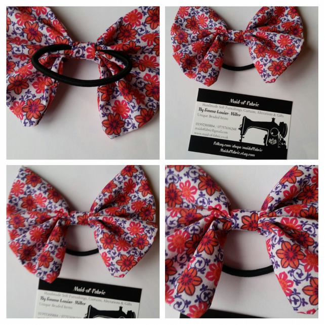 Hair bobble bow band in retro fabric.