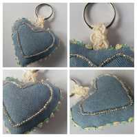 Keyring beaded heart in green and yellow upcycled