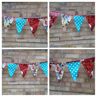 Bunting in pvc cakes, strawberries and polkadot. Sale.