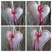 Heart hanger in white felt and pink sequins.
