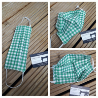 Face mask,  medium, 3 layer,  nose wire, washable in green gingham
