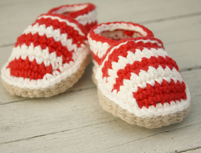 Newborn Beach shoes, Red & Cream Striped Crochet Loafers - MADE To ORDER