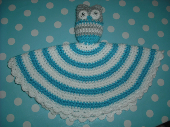 Baby soothing comfort blanket with owl - crochet