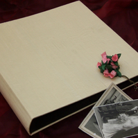 Large Wedding Photograph Album  (35 x 35cm)