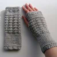 Fingerless Gloves Mittens Wrist Warmers in Grey Aran Wool